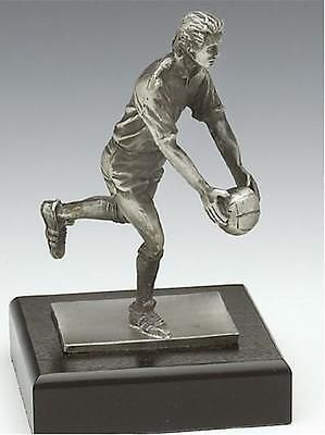 Gaelic Sports 91560: Gaelic Footballer Sculpture - Crafted In Ireland By Mullingar Pewter - Gaa BUY IT NOW ONLY: $99.0