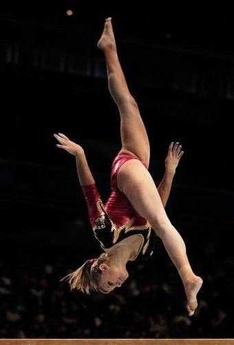 Elisabeth Seitz (Germany). Credit: Adam Pretty/Getty Images - 2011 Artistic Gymnastics World Championships Prelims in Tokyo #gymnastics #fig2011Tokyo