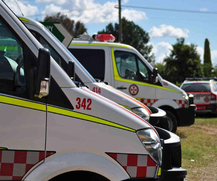 #Man hurt after Christmas tree fall - Sky News Australia: Sky News Australia Man hurt after Christmas tree fall Sky News Australia A man…