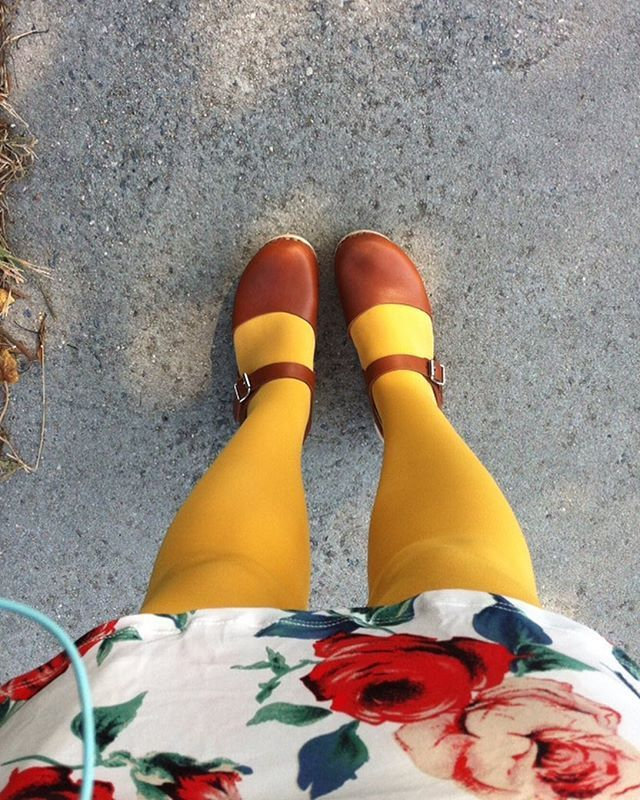I'm willing fall to start by sheer force of will. And yellow stockings. It barely broke 80 today, so I think it's working. #ootd #wiwt #modcloth #lovemylottas