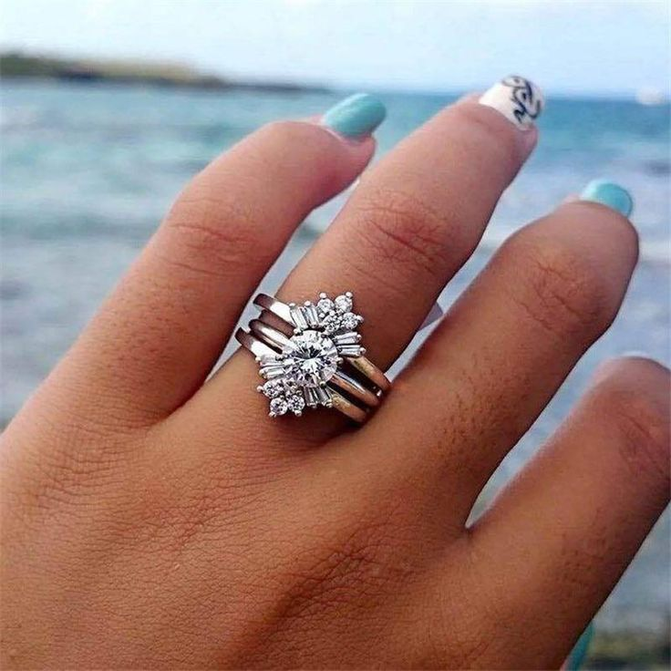Silver flower rings set