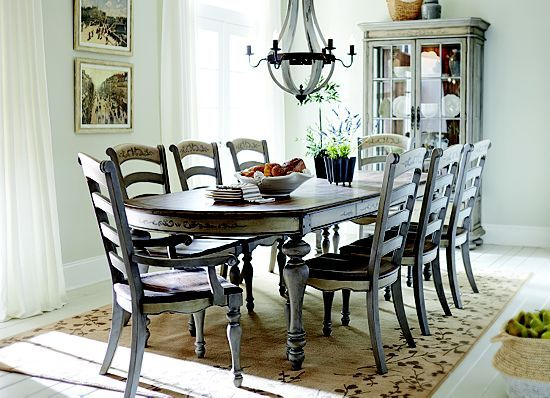Dining rooms greyfield leg table dining rooms havertys for Dining room tables havertys
