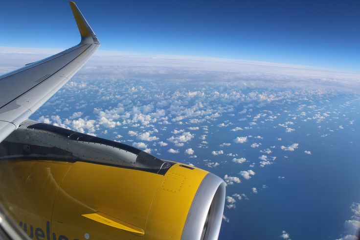 Das Onlineportal BoaVistianer.de bietet neben den kapverdischen Inseln auch eine weltweite Flugsuche an.