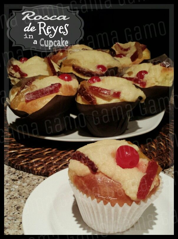 Rosca de reyes cupcakes (make your favorite Rosca de Reyes recipe but instead of a round shape make it into cupcakes)