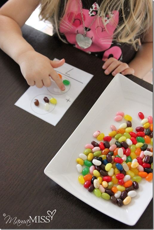 Jellybean Math for preschoolers from @Melissa Squires {mama♥miss} Love it! #preschool #mathed
