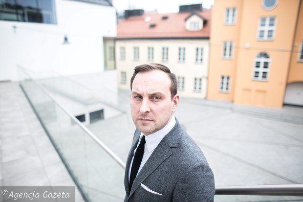 Jarosław Trybuś - wicedyrektor Muzeum Warszawy. rewelacyjny artykuł