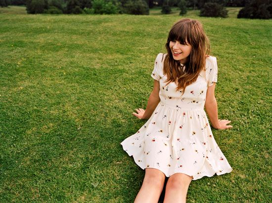 Gabrielle Aplin<3 My friend told me about gabrielle and now I love her and her music!! She's amazing! @Natalie Jost Jost Warner