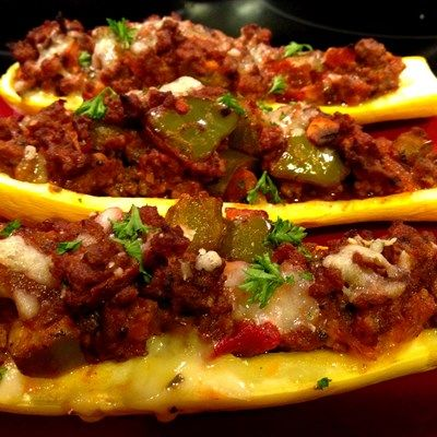 Italian Stuffed Squash - need to try!!!    Of course it's Gluten Free!   INGREDIENTS 2 large yellow squash   1 red onion, chopped  1 green bell pepper, seeded and chopped   1 clove garlic, minced   1 tablespoon chopped fresh parsley  1 1/2 teaspoons chopped fresh basil   1 pound ground beef  2 cups tomato sauce  1 cup raw mozzarella  1/2 cup chopped mushrooms  1 teaspoon coconut oil