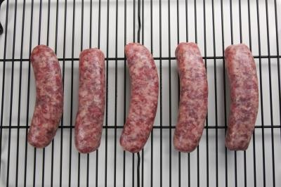 How to Cook a Bratwurst in the Oven | Bratwurst recipe ...