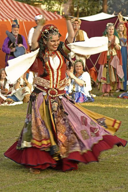 20090711_Abbey Medieval Festival_ Romany Gypsy Dancer - 1858 by Peter J Howes - Photographer, via Flickr