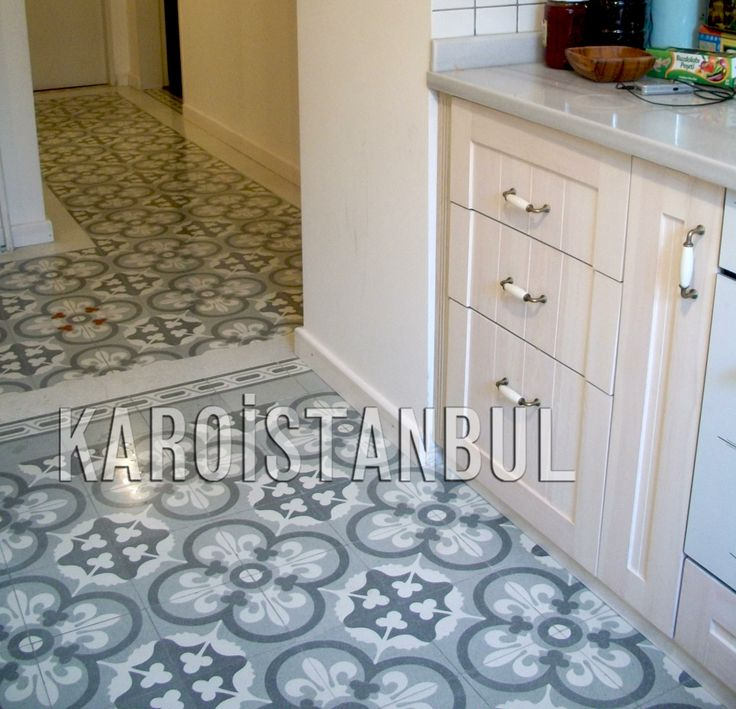The Karoistanbul tiles are entirely handmade. They are composed of white marble powder, high quality cement, marble or granite granulates, natural colourings and pure silica sand, under a high pressure.