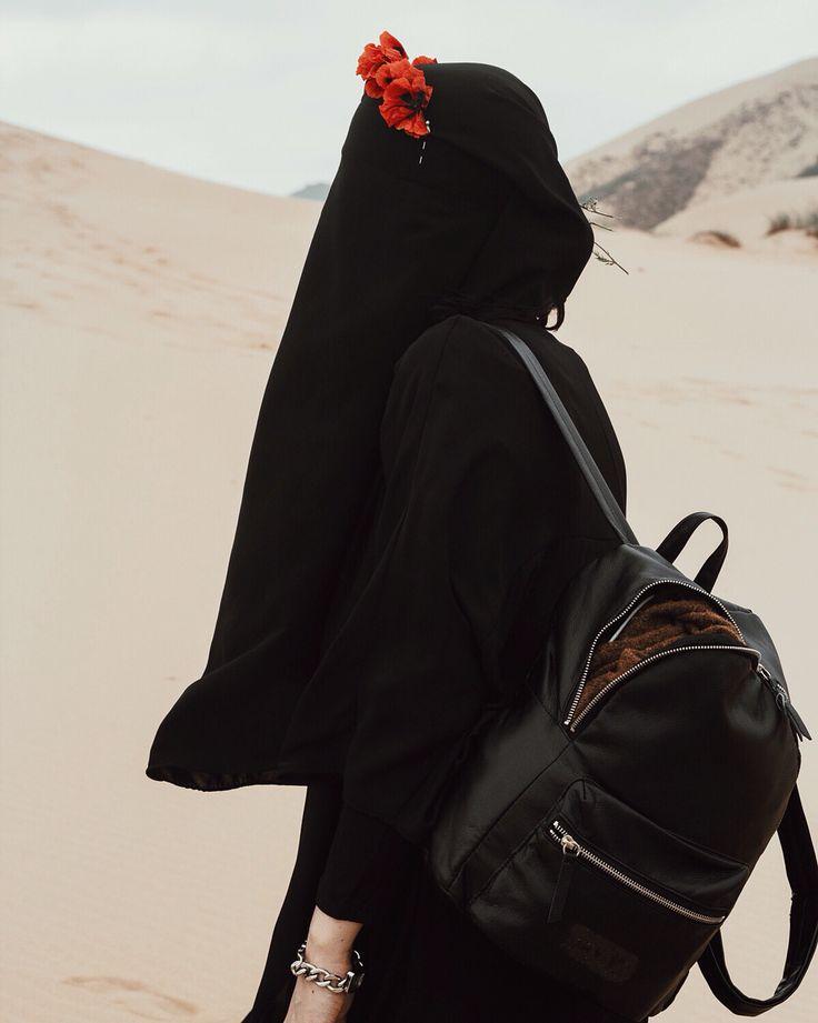 #uae #swag #travel #dubai #vsco #girl #streetstyle #style #vogue #niqab #hayr #fashion #beauty #color #red #vogue #vsco #kinfolk #muslim #cute
