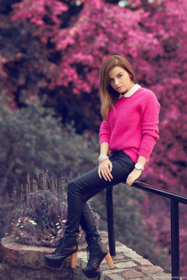 Katarzyna Napiórkowska  from : http://www.dissolvedgirl.pl/2012/12/toxic-pink.html