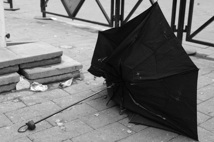 umbrella on the street.Ln.