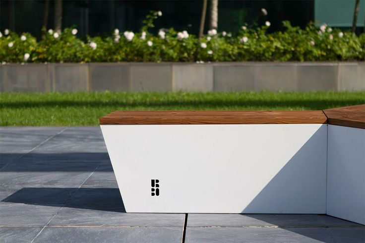 Original design bench by ALESSANDRO DI PRISCO for URBO - MADE IN ITALY