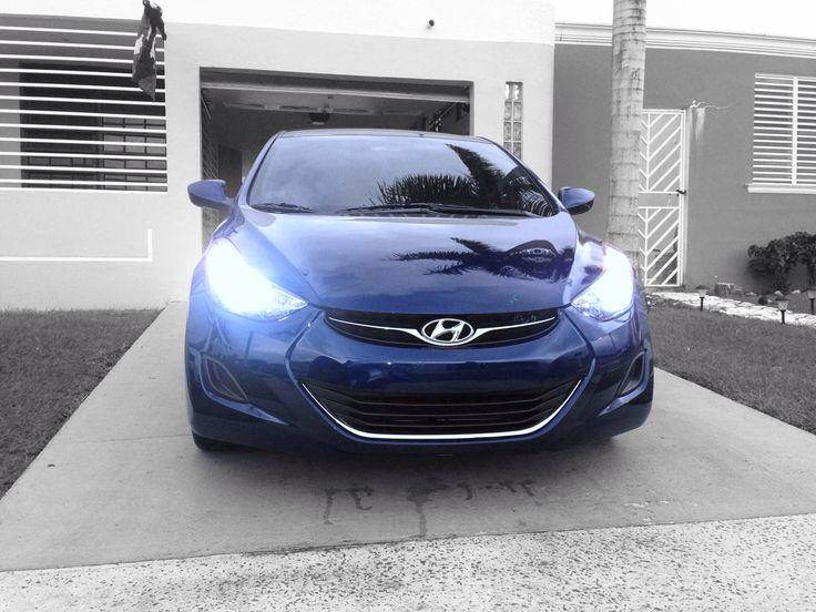 Hyundai Elantra 2012 fresh ride H.i.d... Black and blue efect