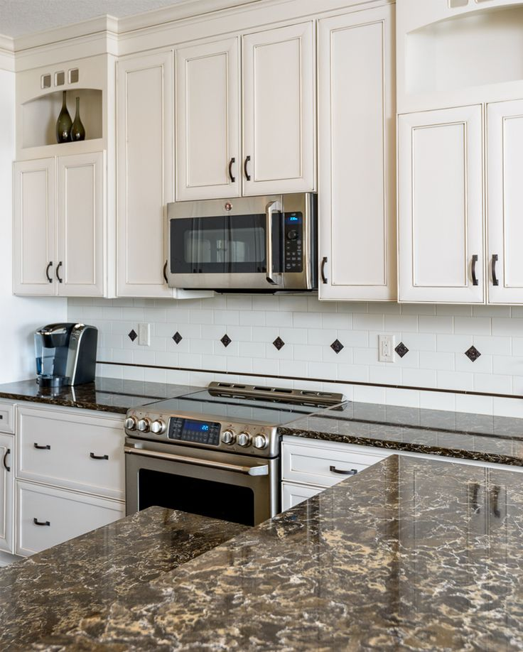 Quartz And Granite Kitchens: 31 Best Images About Comptoirs On Pinterest