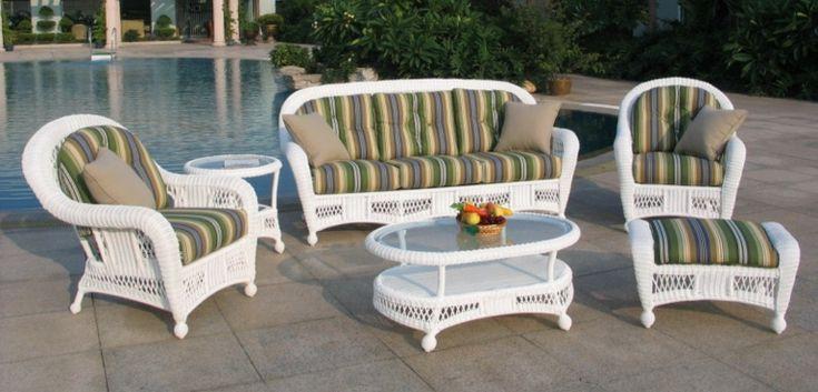 bonitos muebles de mimbre de estilo colonial