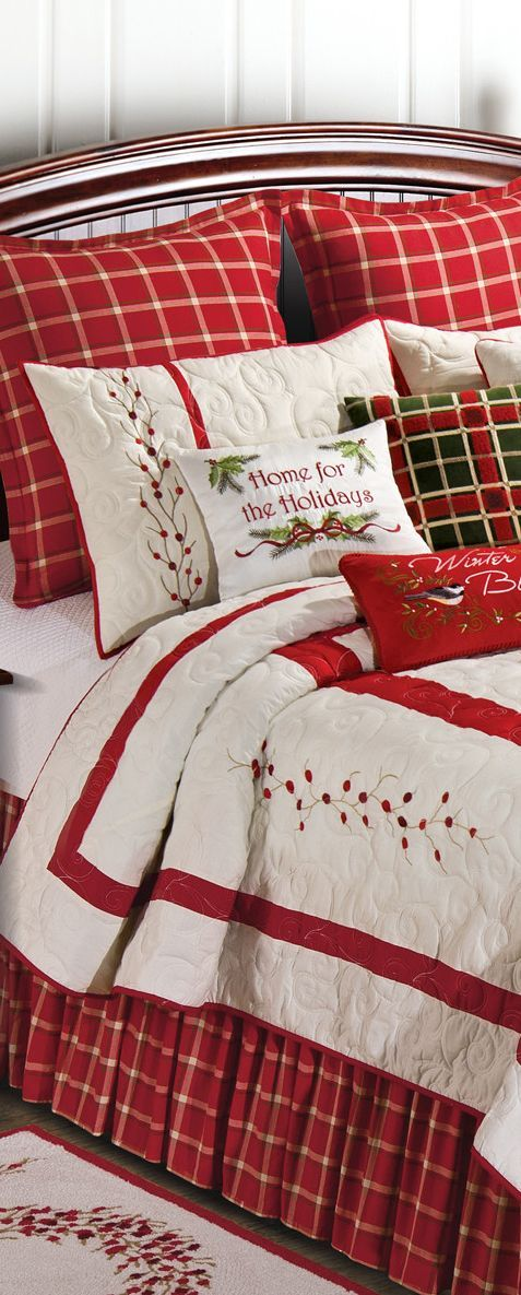 Bedroom must not be forgotten. If you want to feel the spirit of Christmas from the moment of waking up then you need to decorate your bedroom. So let's decorate your bedroom like these ones.