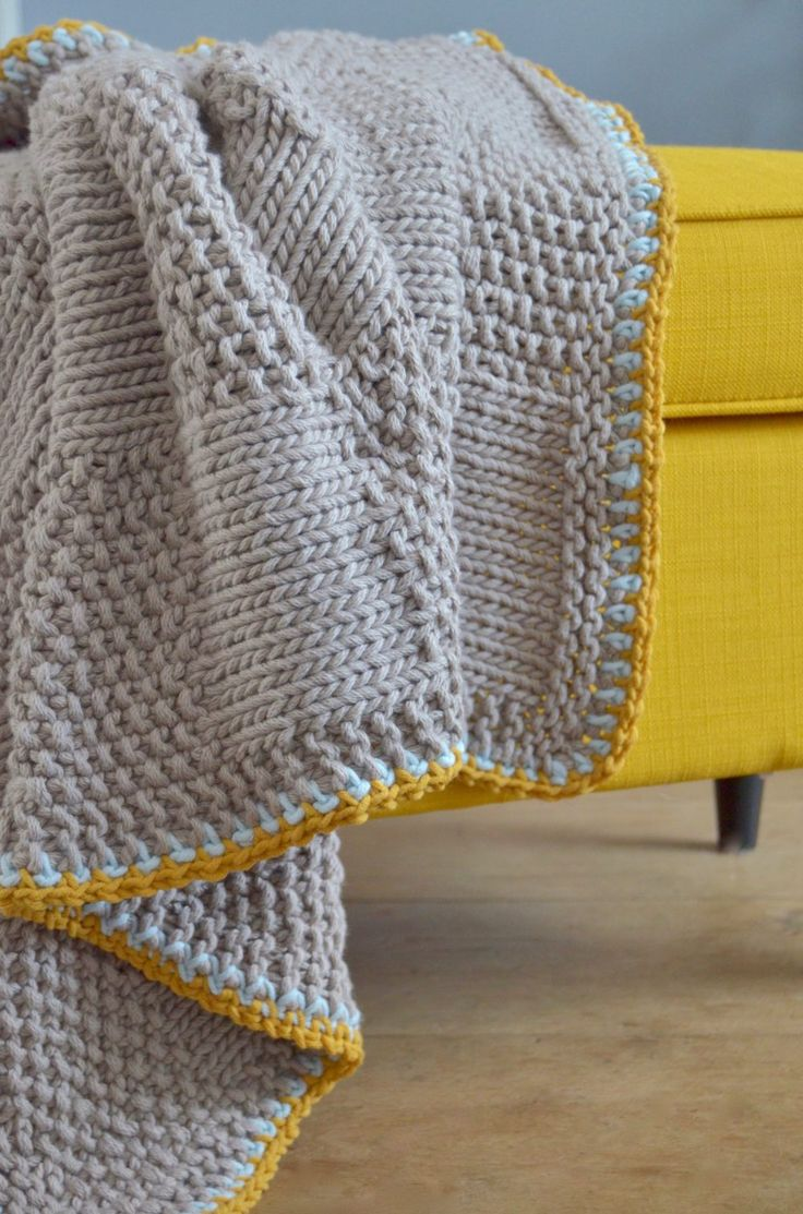 Free knitting pattern for blanket ByClaire