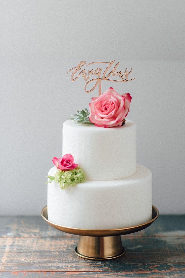 Cake Topper Hochzeit und Tortenstecker  Ewig Uns für Hochzeitstorte weiß rosa grün  - Wunderschöne Cake Topper mit handkalligrafiertem Schriftzug | Hochzeitsblog The Little Wedding Corner