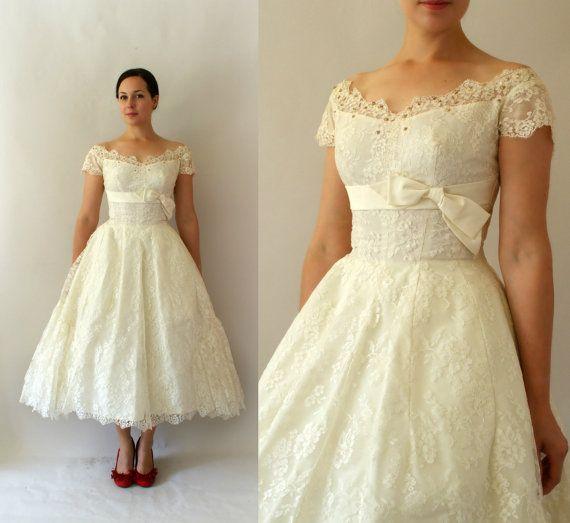 1950s Vintage Wedding Dress 50s Ivory Lace Tea Length