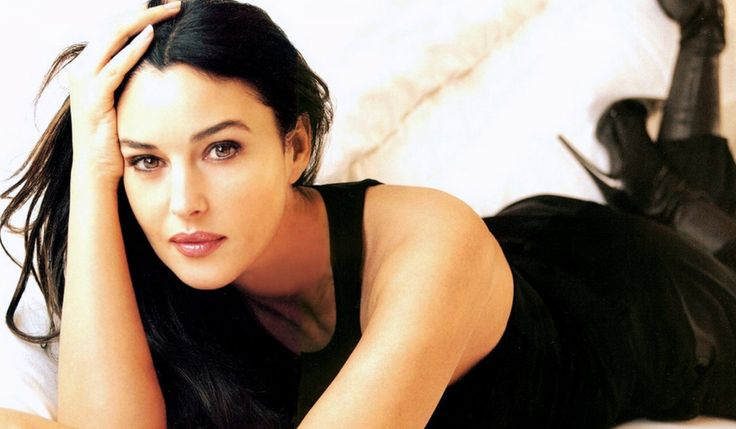 Monica Bellucci - Topely.com | Top Ten Things of the World.