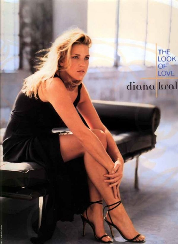 Diana Krall...love this album...She is my absolute fav.
