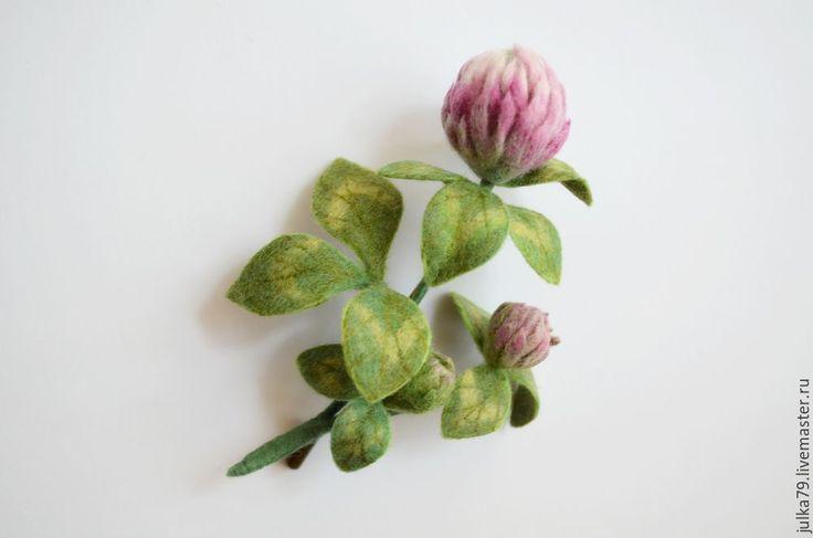 Купить Клевер - бледно-розовый, клевер, клевер брошь, брошь цветок, брошь из войлока