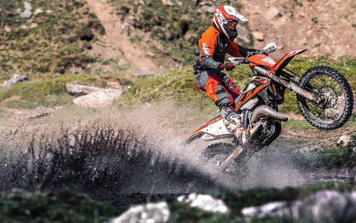 Download wallpapers KTM 125 XC-W, offroad, 2018 bikes, crossbikes, rider, mud, KTM