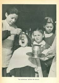 Quando ti davano l'odiosissimo l'olio di fegato di merluzzo! Quanto me ne ha dato la mia mamma!!!!
