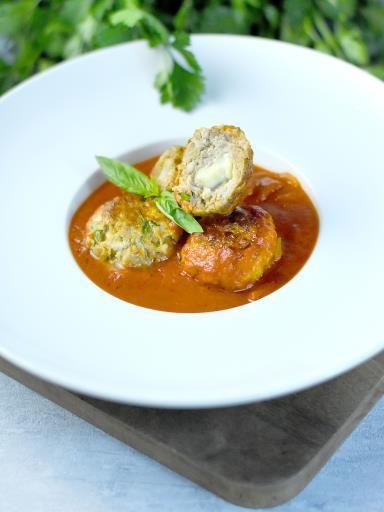 Boulettes surprises à la mozzarella : Recette de Boulettes surprises à la mozzarella - Marmiton