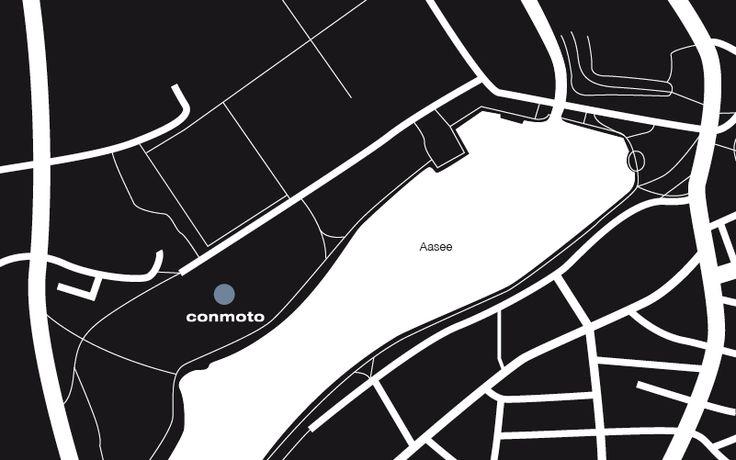 conmoto showroom w Munster położony jest nad jeziorem Aasee. Przedstawiamy w nim nowoczesne meble z hpl, ekskluzywne biokominki oraz oryginalne produkty do aranżacji wnętrz i ogrodów