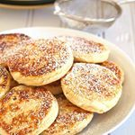 Not really frosted like cakes or cupcakes but these Welsh Cakes are every bit delicious and delightful in their own way. Recipe: https://www.womanscribbles.net/welsh-cakes/ #welshcakes #recipe #foodblog #f52grams #recipe #buzzfeedfood #huffposttaste #delish #bakery #foodie #yummy