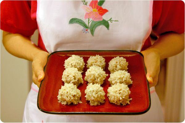 Pearl Balls – Guest Post By Weeknite Meals