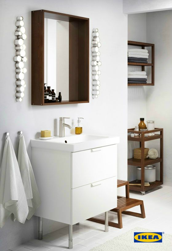 IKEA bathroom furniture that gives you space for everything you need – and smart ways to organize it all. That way, you can spend less time looking for the toothpaste and more time doing what's really important: taking care of yourself.