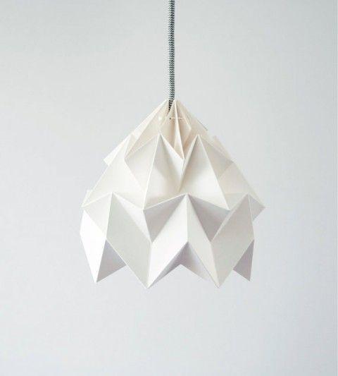 studio snowpuppe paperlamp: Lamps Shades, Origami Paper, Lights Shades, Paper Lamps, Origami Lampshades, Moth Origami, Lampshades White, Design Studios, Dutch Design