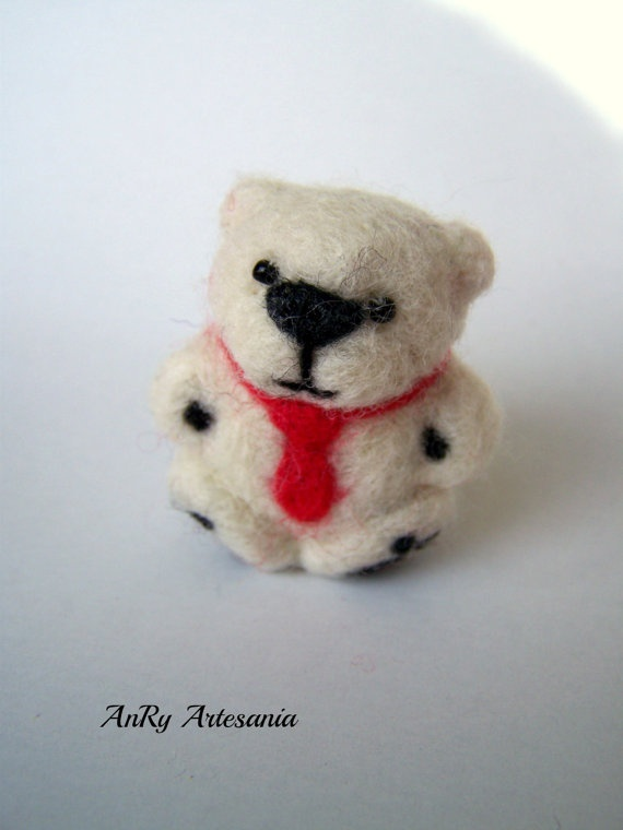 Valentine's Day giftNeedle felted pocketminiature by ArteAnRy, €10.00