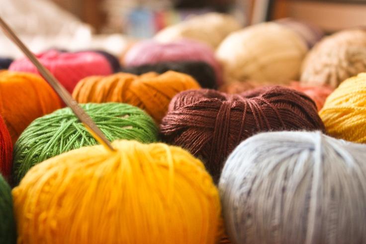 Me encanta tejer, las lanas me relajan y puedo imaginar con más claridad mis diseños.