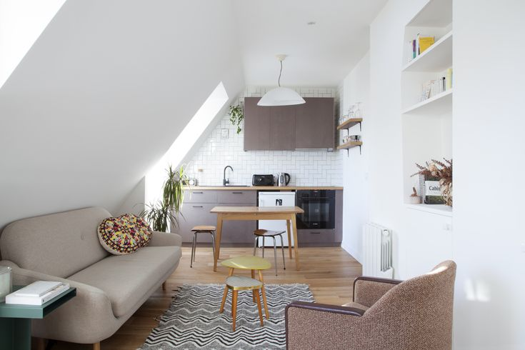 les 25 meilleures id es de la cat gorie lucarnes sur pinterest lumi re naturelle puits de. Black Bedroom Furniture Sets. Home Design Ideas