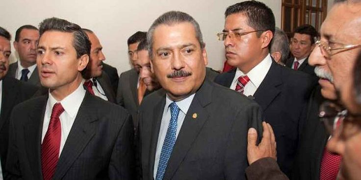 "Top News: ""MEXICO: Manlio Fabio Beltrones Steps Down"" - http://politicoscope.com/wp-content/uploads/2016/06/Enrique-Pena-Nieto-L-and-Manlio-Fabio-Beltrones-C-walk-together-in-Queretaro-Mexico-News-792x395.jpg - ""It's time for a necessary pause,"" Manlio Fabio Beltrones told a news conference at the PRI's Mexico City headquarters.  on Politicoscope - http://politicoscope.com/2016/06/21/mexico-manlio-fabio-beltrones-steps-down/."