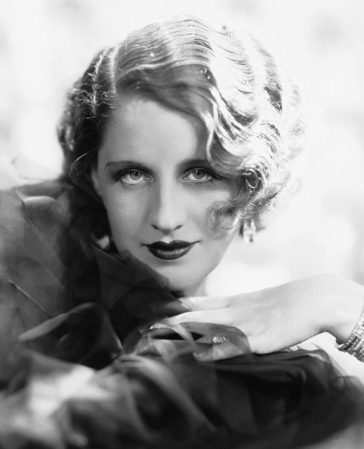 Norma Shearer, photo by George Hurrell, 1930