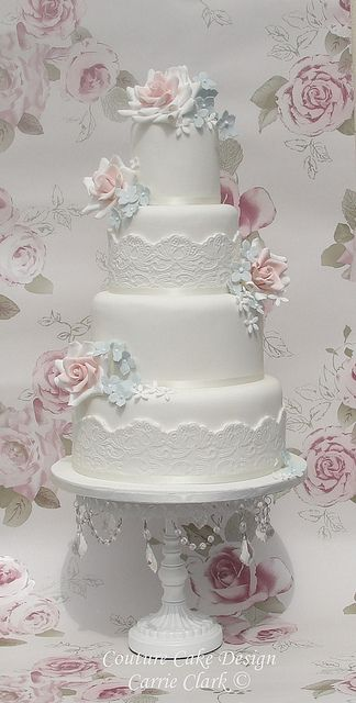 Vintage roses and lace wedding cake