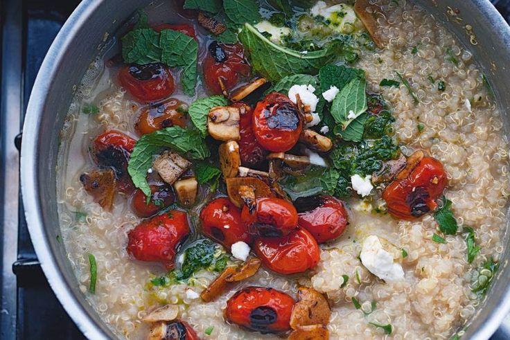 Kijk wat een lekker recept ik heb gevonden op Allerhande! Yotam Ottolenghi's quinoa met gegrilde tomaten en knoflook