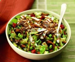 Panera's Thai Chopped Chicken Salad is a great choice! Ask for no wontons and its only 390 calories!