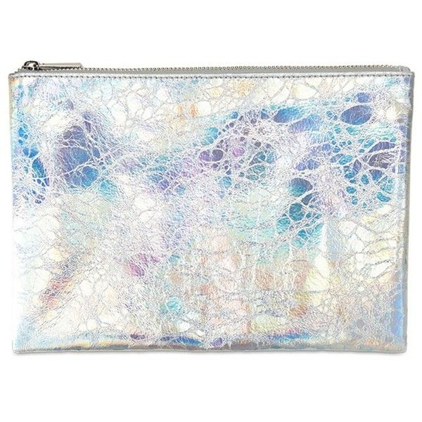 Forever21 Metallic Makeup Pouch (33935 PYG) ❤ liked on Polyvore featuring beauty products, beauty accessories, bags & cases, silver and forever 21