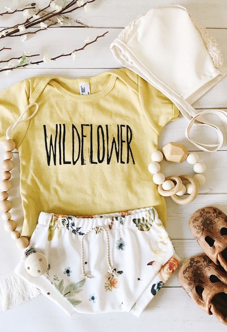 Handmade Organic Cotton Floral Baby Bloomers | FigsAndFoxes on Etsy Tap the link now to find the hottest products for your baby!