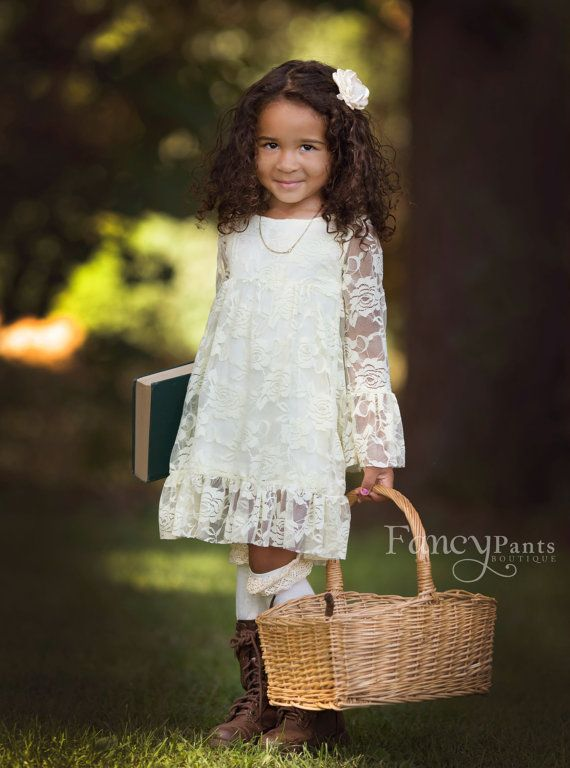 Flower Girl Dress  Boho style Ivory Flower girl por byFancyPants
