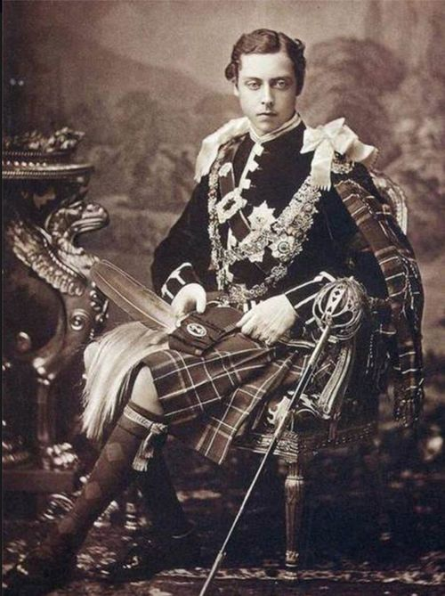 Queen Victoria's son - Prince Leopold, Duke of Albany  He was a cutie!