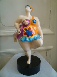 look at www.ja-natuurlijk.nl on our webshop, for these beautiful hand painted ladies !